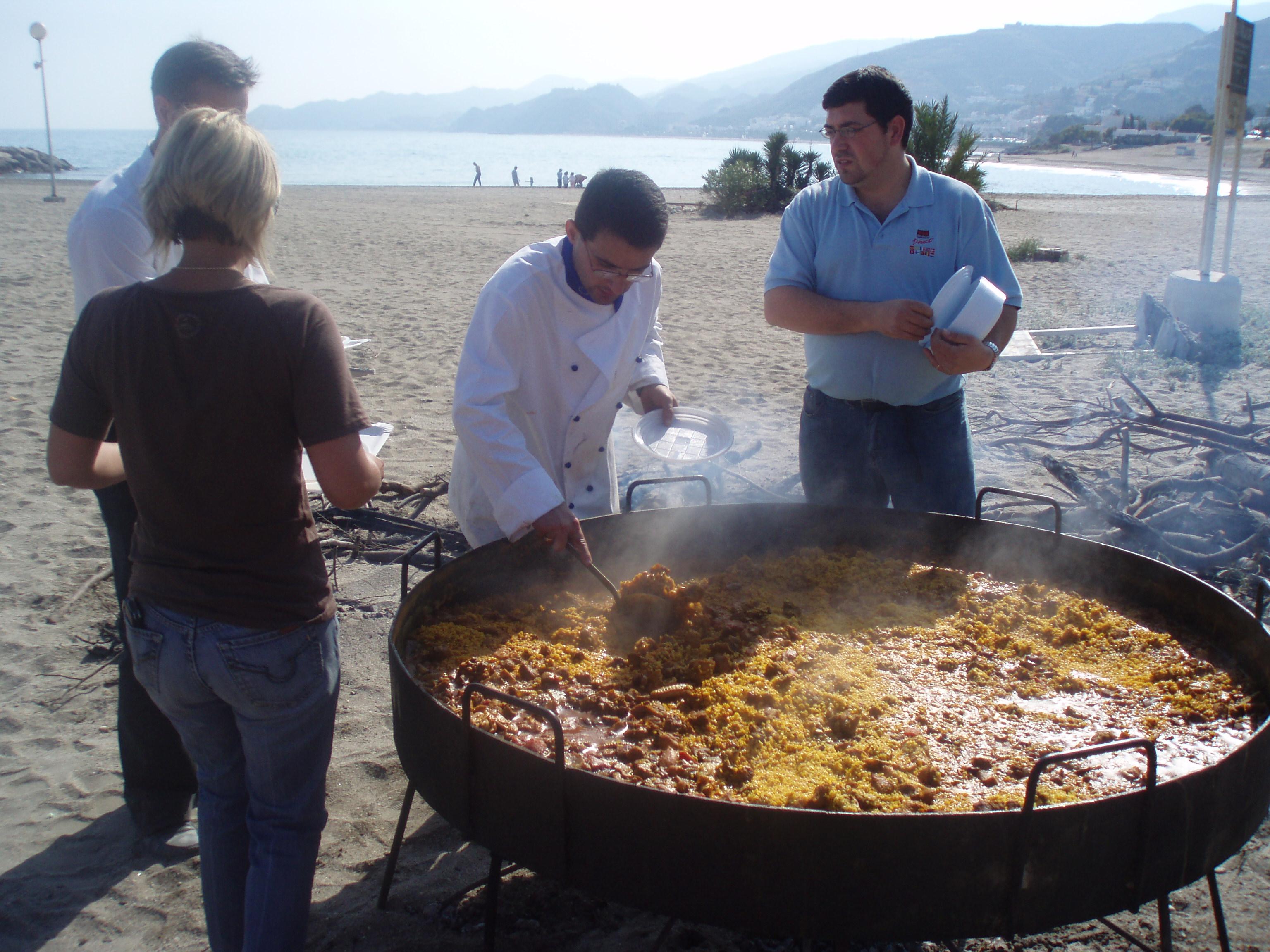 Paella en la playa de Mojácar (Neptuno)