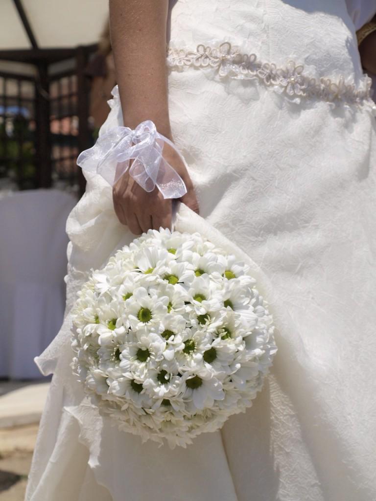 Wedding bouquet ball