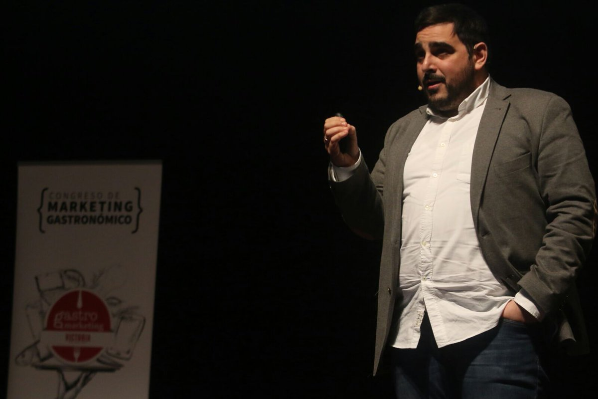 Darío Méndez en Marketing gastronómico GASTROMLG18