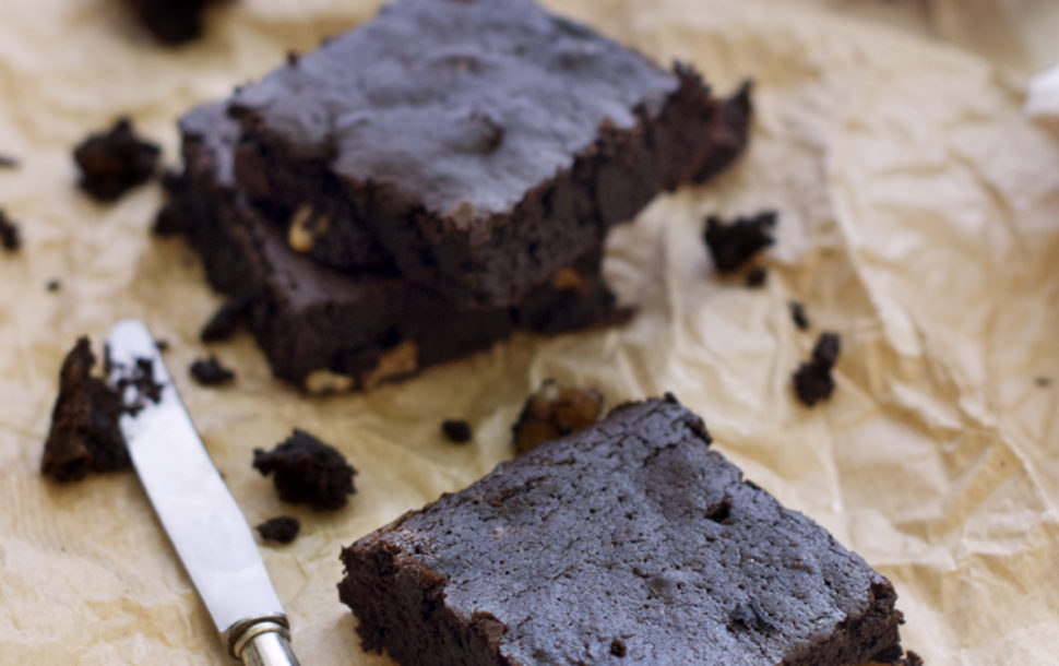 brownie de algarroba vegano