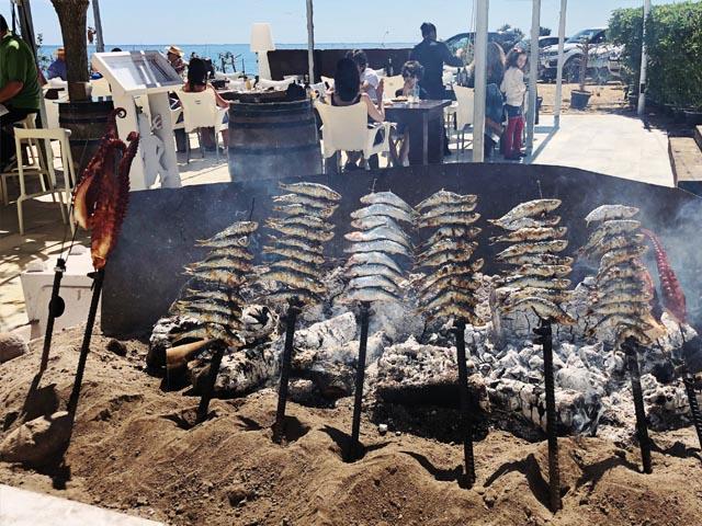 el cuento de las t sardinas espetos en restaurante neptuno