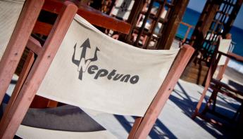 restaurante-neptuno-mojacar-almeria-para-familias-con-ninos-papis-y-pekes-opt